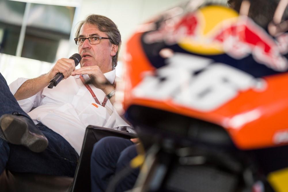 150237_Stefan Pierer KTM RC16 Spielberg 2016