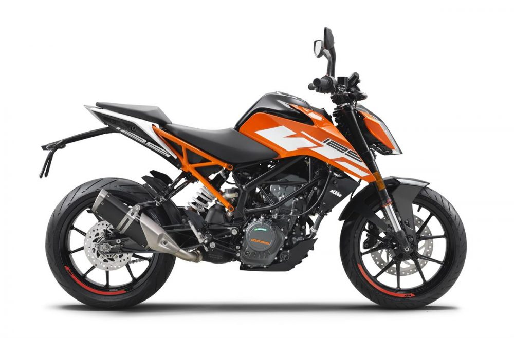 ktm-125-duke-my2017_90-right