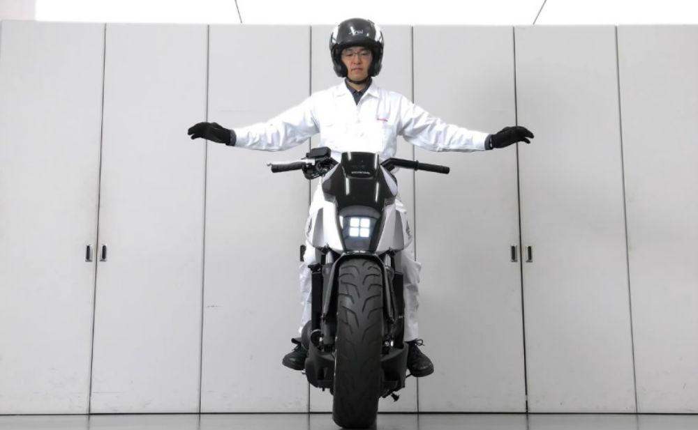 honda-self-balancing-bike