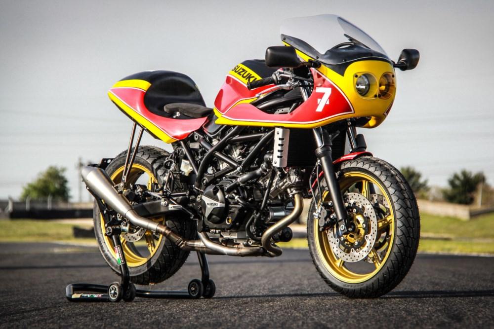 007_SHEENE_BARRY_ESPACE_MOTO_95