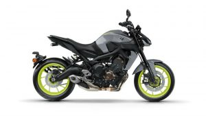 2017-Yamaha-MT-09-EU-Night-Fluo-Studio-002