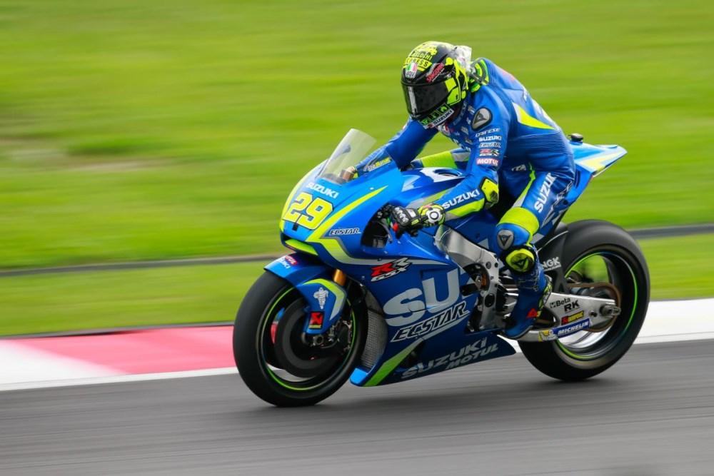 MotoGP: Andrea Iannone garante permanência na Suzuki