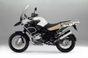 2013-BMW-R1200GS-Adventure3