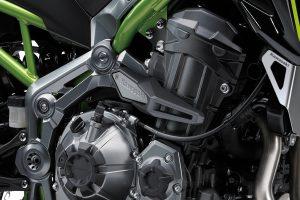 2017-Kawasaki-Z900-05
