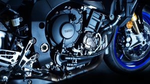 2017-Yamaha-MT10DX-EU-Silver-Blu-Carbon-Detail-002