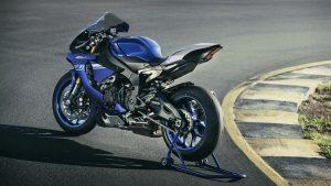 2017-Yamaha-YZF-R1-EU-Race-Blu-Static-003