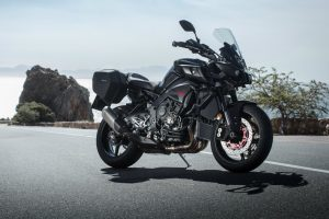 26-yamaha-mt-10-tourer-edition-2017