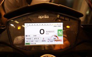 aprilia-rsv4-tuono-screen