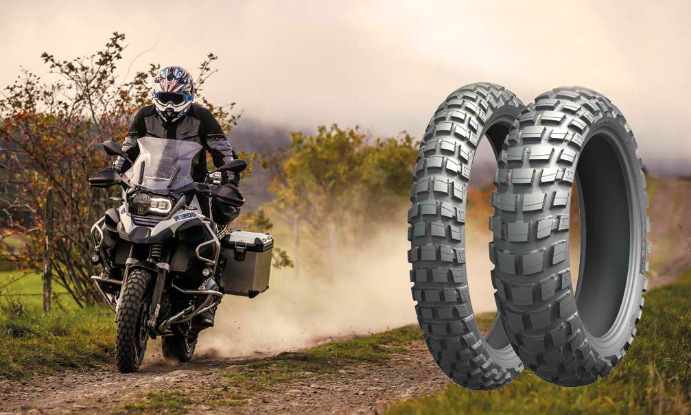 Best_AdventureTourer_tire