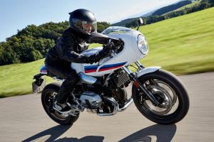 BMW_Racer12