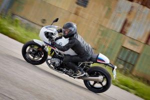 BMW_racer13