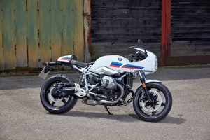 BMW_Racer15