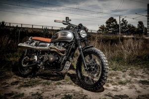Triumph-22Great-Escape22-Bonneville-by-COOLMotorcycles-1