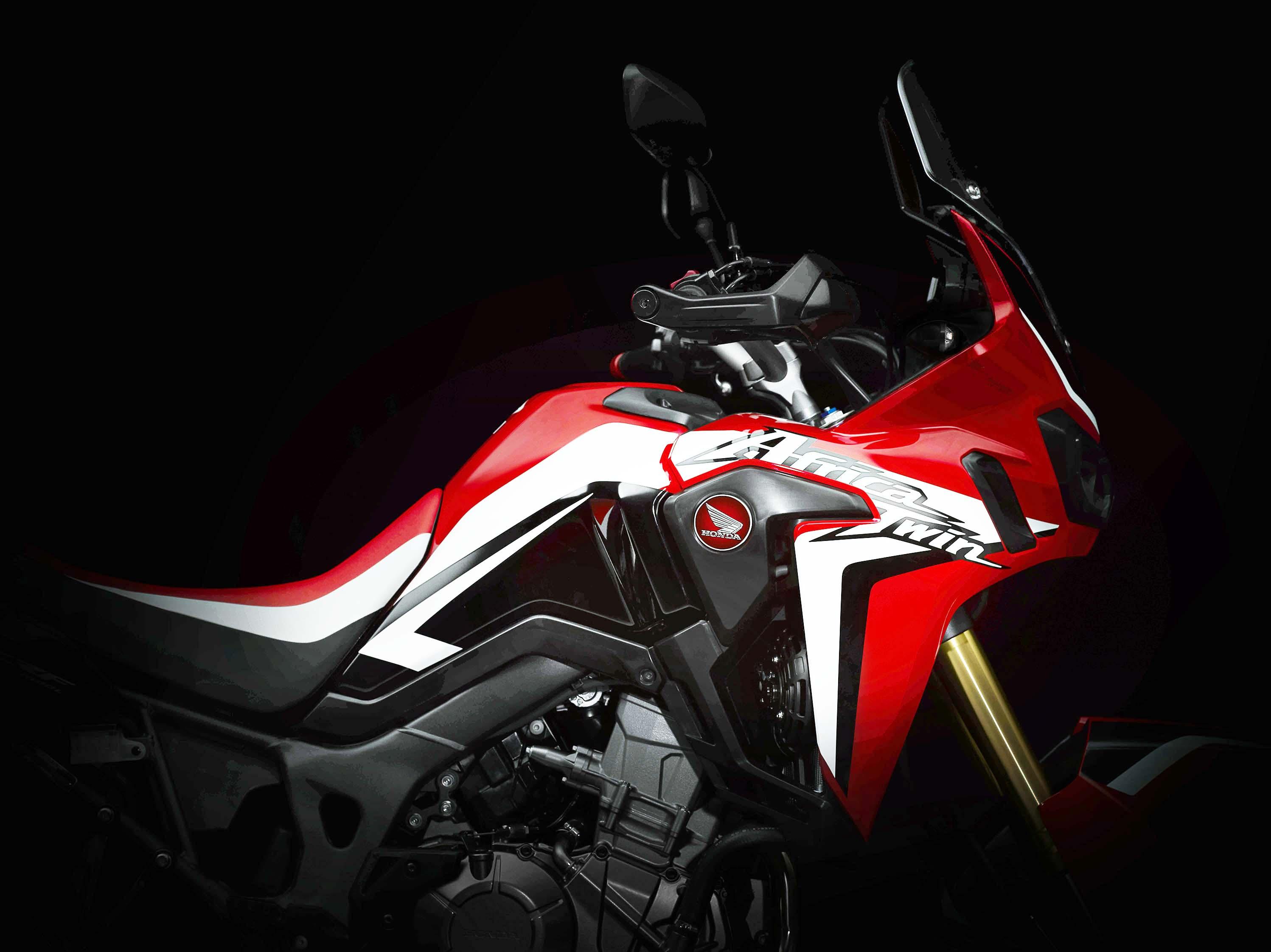 Honda-CRF1000L-Africa-Twin-Enhanced-05