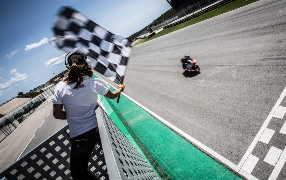 CNV: Velocidade prossegue no Algarve