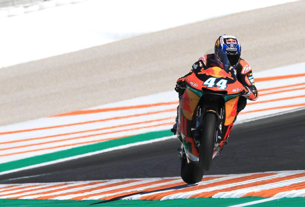 Moto2: Miguel Oliveira salta para o comando
