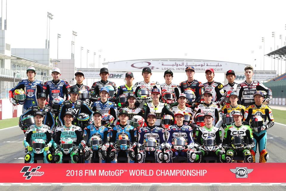 Moto3: Pilotos inauguram fotografias de grupo