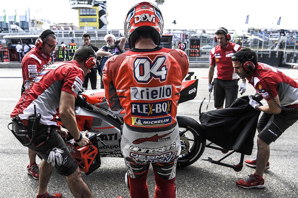 MotoGP: Andrea Dovizioso preocupado com as Yamaha