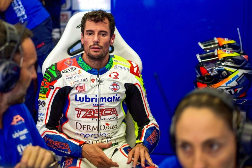 Moto2: Simone Corsi operado
