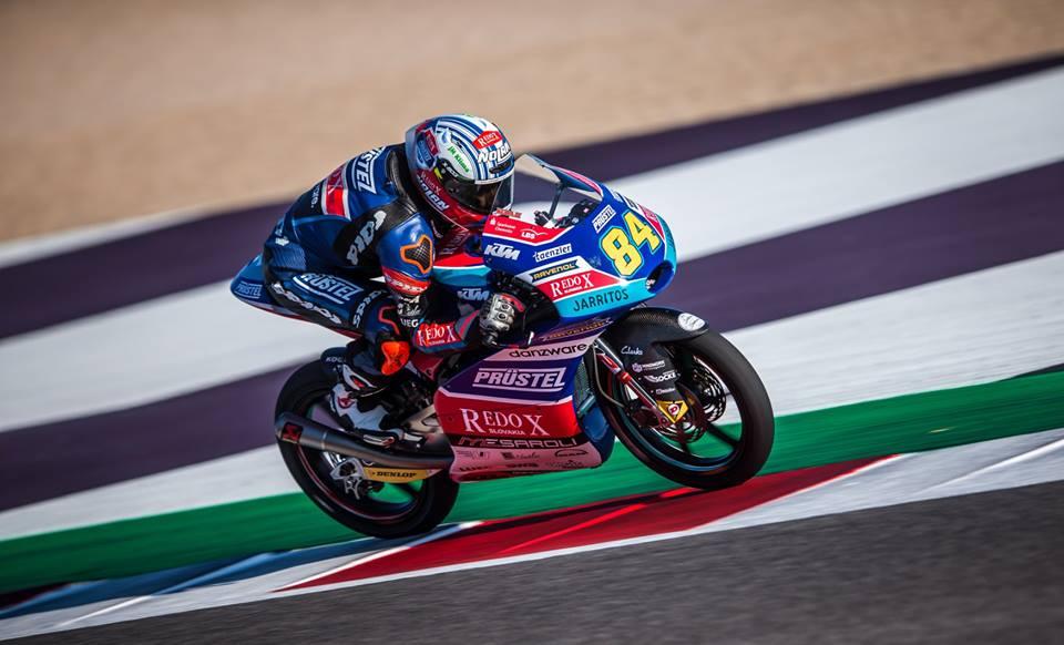 Moto3: Jakub Kornfeil lidera e vai ao centro médico