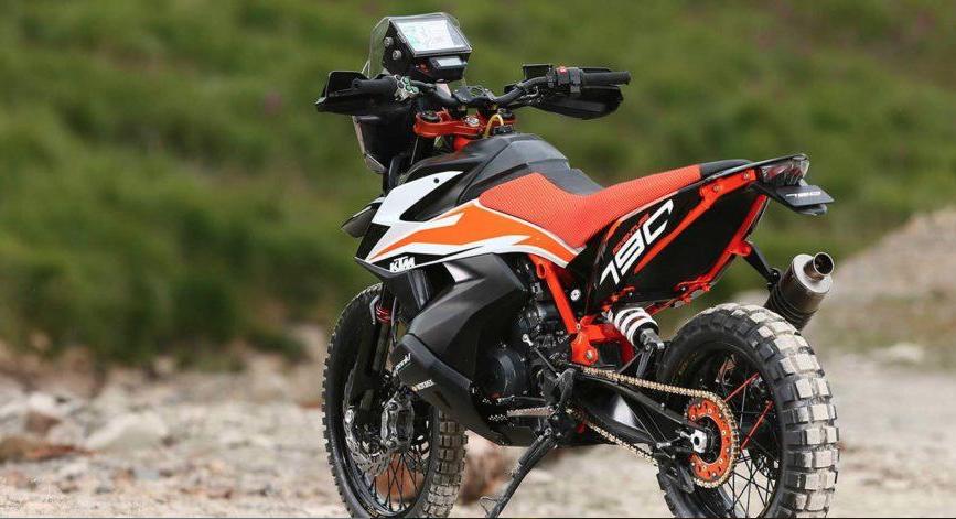 Novos pormenores sobre a KTM 790 Adventure R a ser apresentada em Milão