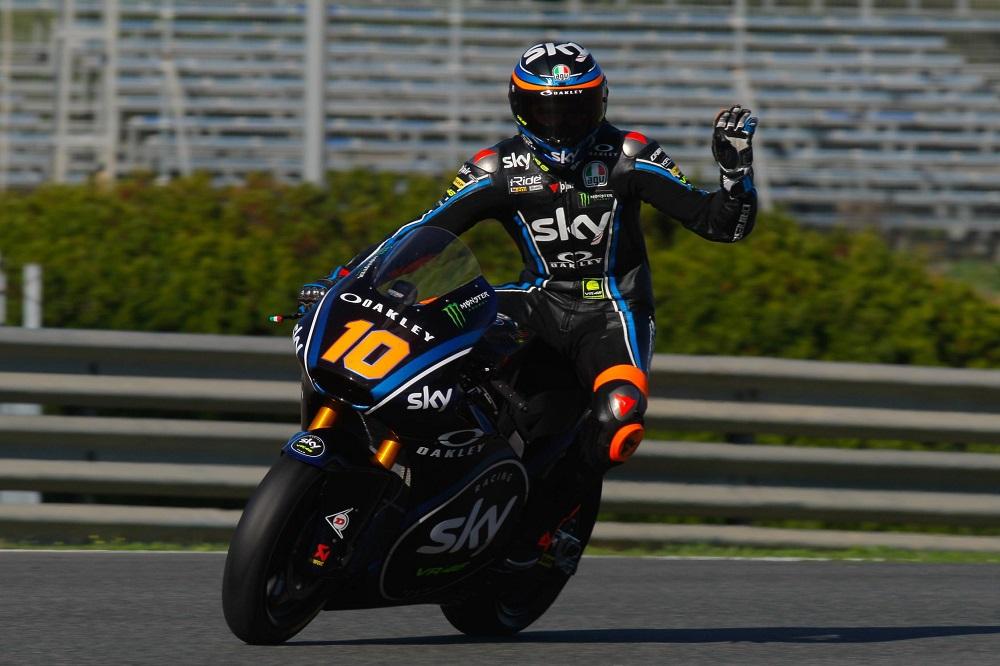 Moto2: Luca Marini lidera pelotão recordista