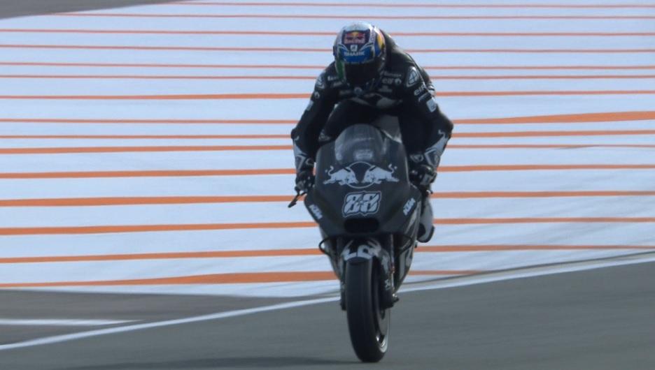MotoGP: Miguel Oliveira melhora com susto pelo meio