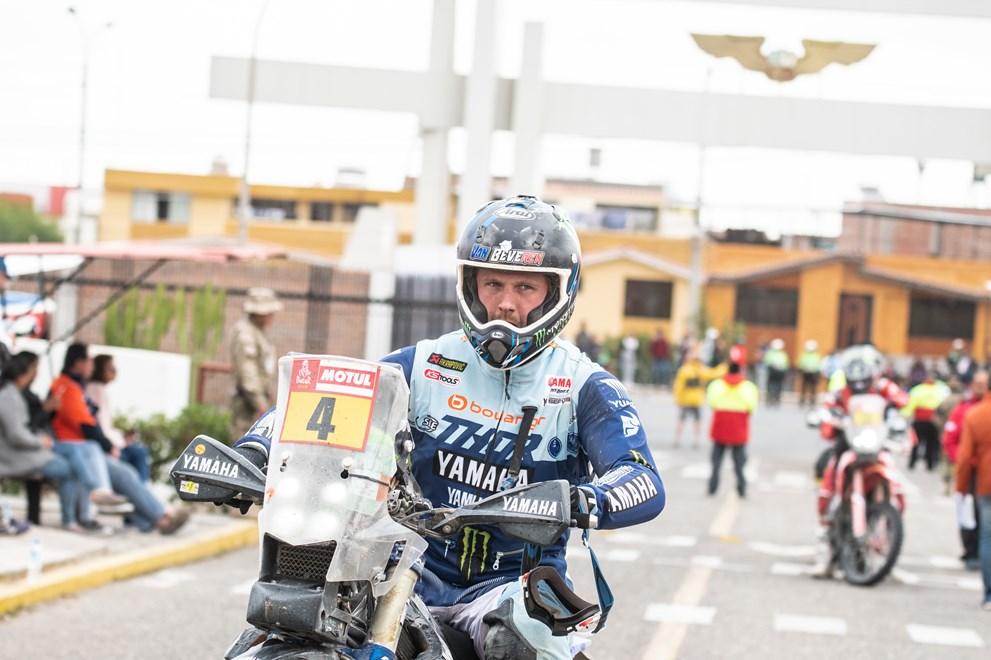Dakar, Etapa 9: Motor partido estraga corrida de Van Beveren