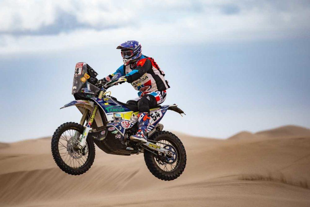 Dakar, Etapa 10: Fausto Mota estreia-se no top 30