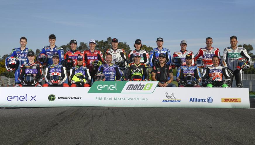Moto E treinam em Valencia antes da estreia