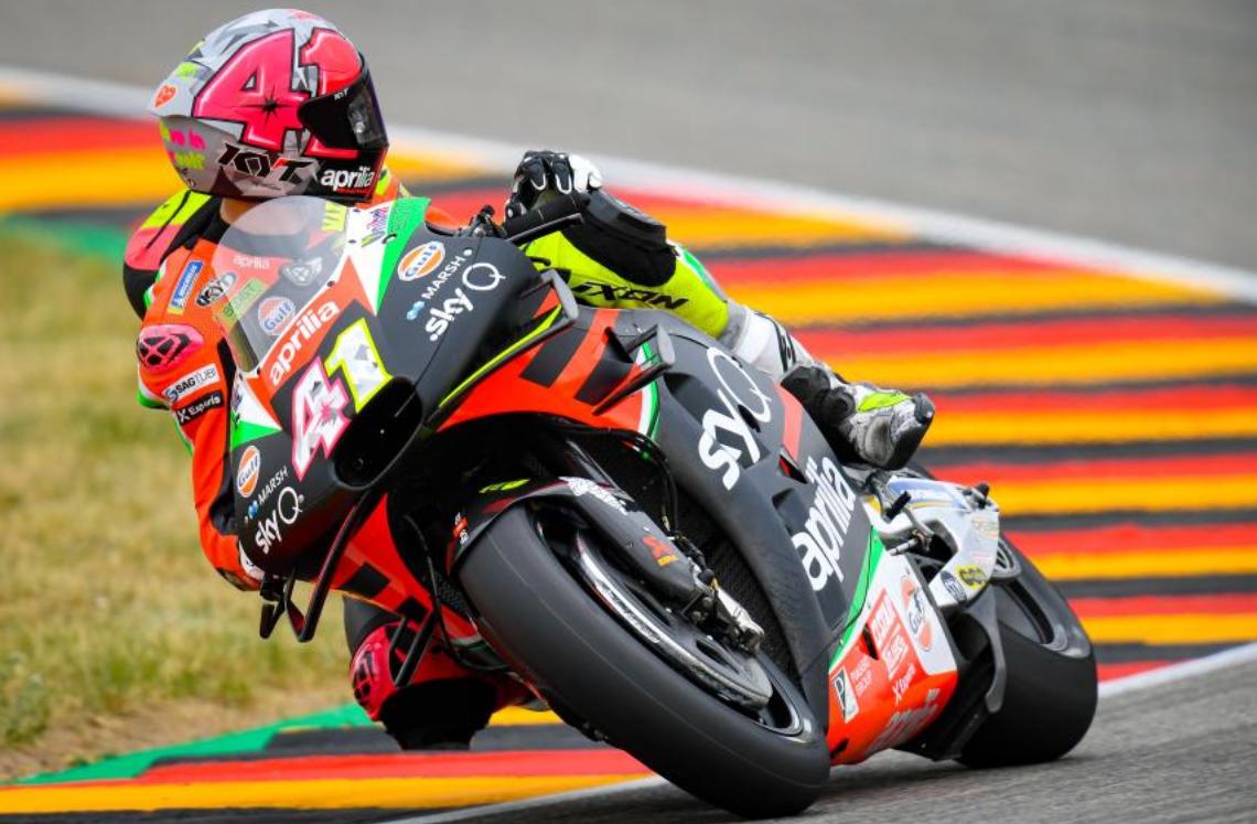 MotoGP: Aprilia tem de mudar, diz Romano Albesiano