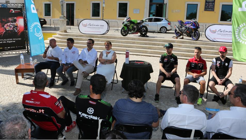 SBK: Cerimónia em Portimão confirma mais 3 anos de SBK